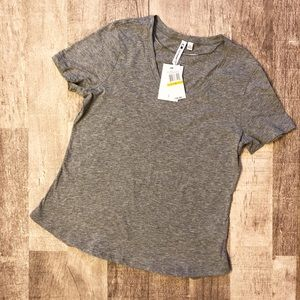 Cable & Gauge Heather Grey T-shirt Size Small NWT